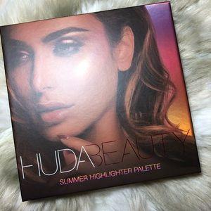Huda Beauty Summer Highlighter Palette NEW!
